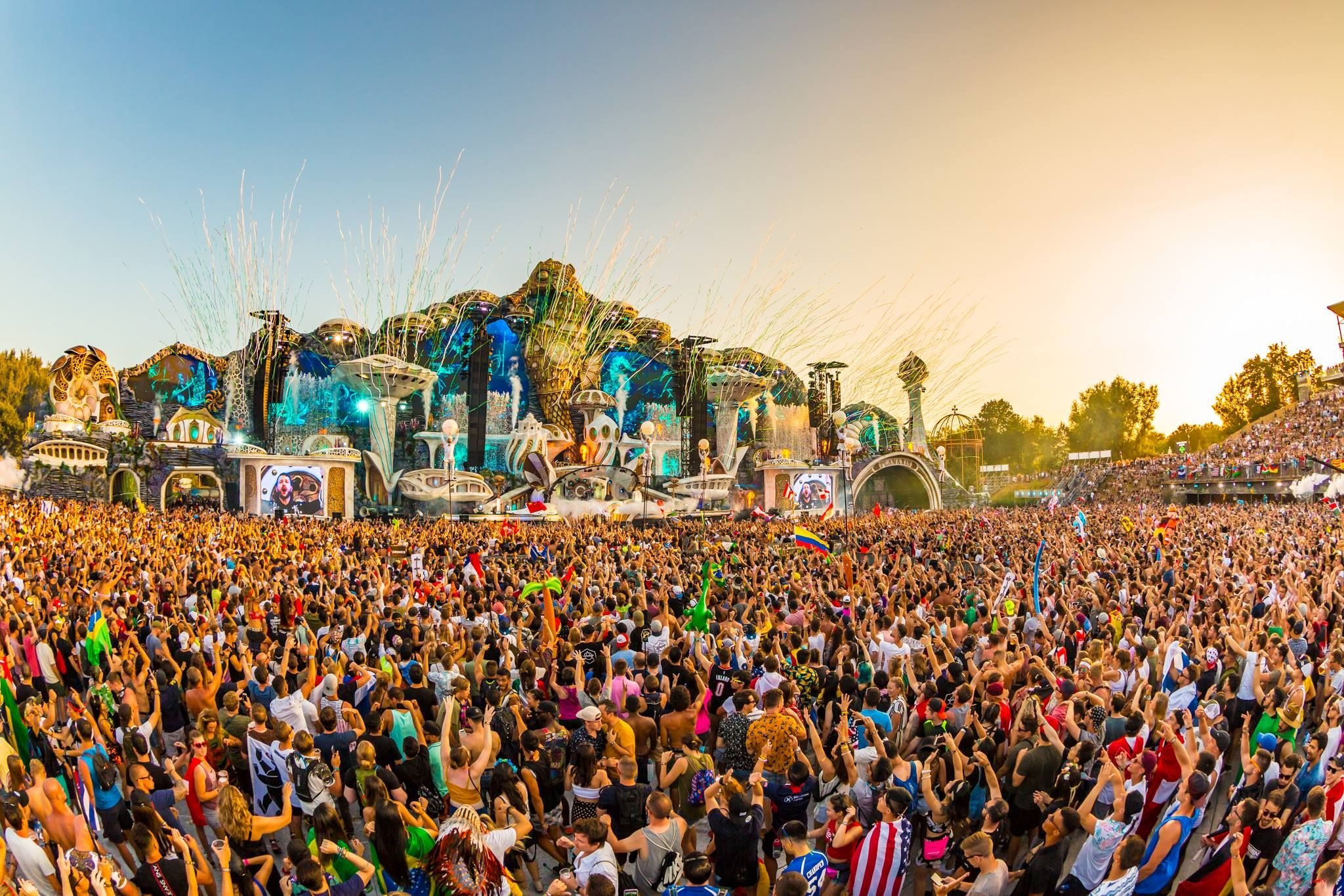 The Secrets That Tomorrowland Usually Hide Tomorrowland