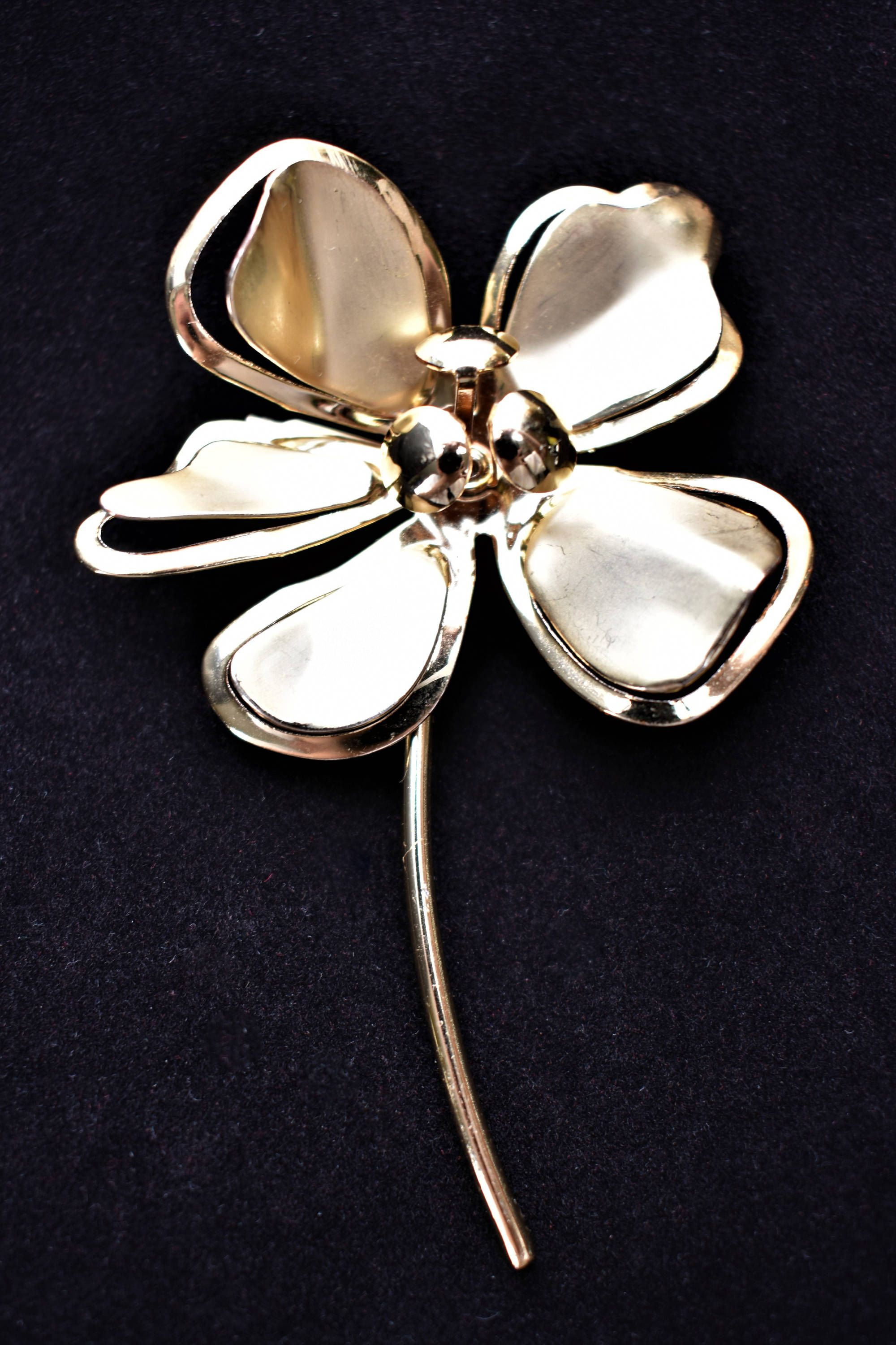 9140b29ba44 Vintage Metal Flower Statement Brooch Coat Sweater Pin Gold Tone Mid  Century Retro Costume Estate Jewelry 3.5