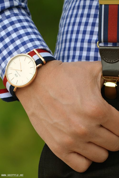 As the weather gets warmer, it's time to ditch some of your leather watch straps for preppy colored cloth ones.