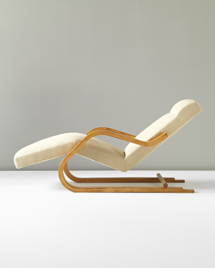 Alvar aalto cantilevered chaise longue model no 43 for Alvar aalto chaise