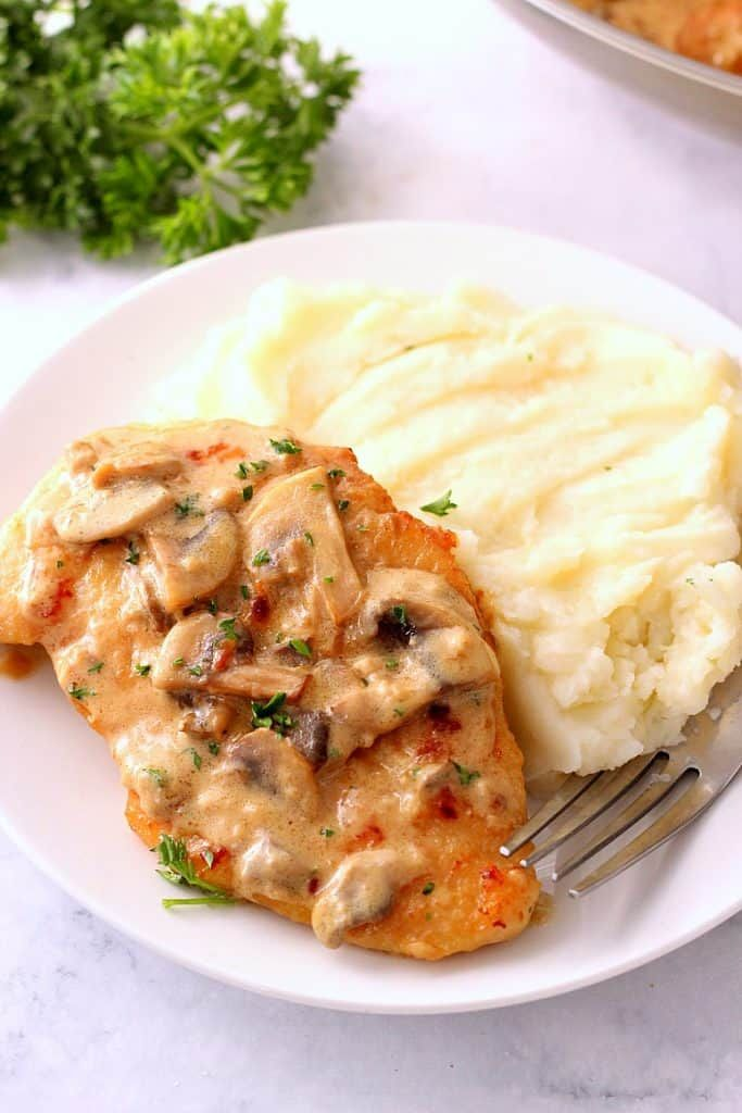 Creamy Mushroom Garlic Chicken #creamygarlicchicken