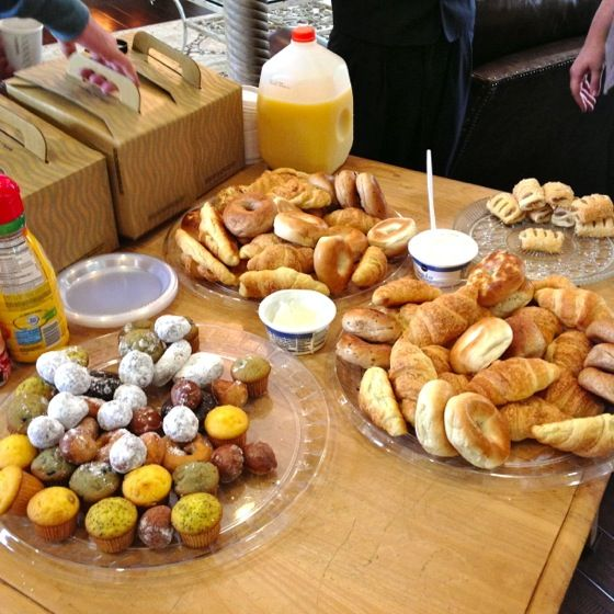 Village Squire Apartments: Breakfast Cafe Resident Appreciation Week