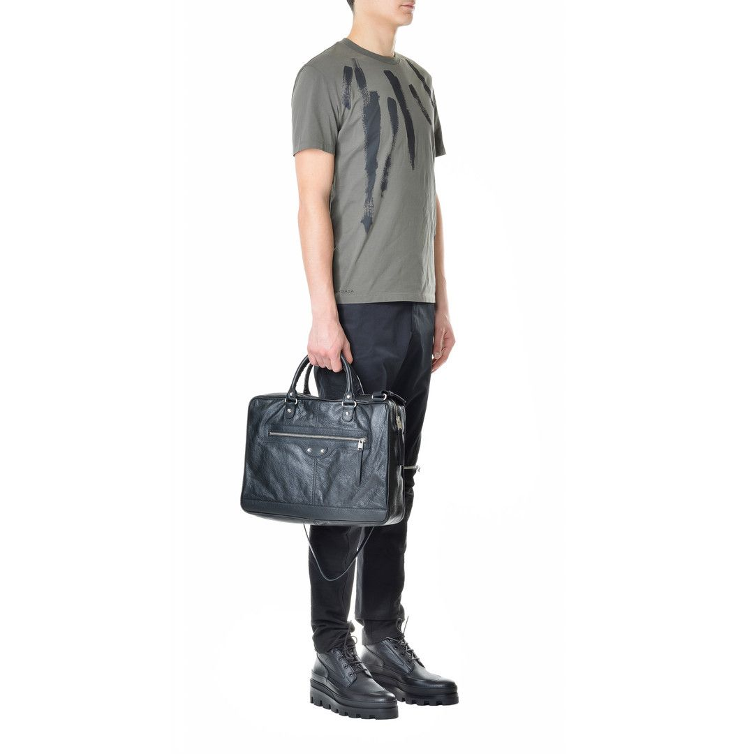 b9273050e53e Discover the latest collection of Balenciaga Arena Tote Bags for Men at the  official online store.