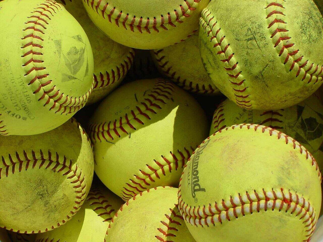 Softball Softball Wallpaper Sports Wallpapers Gallery Pc Desktop Wallpaper Softball Tournaments