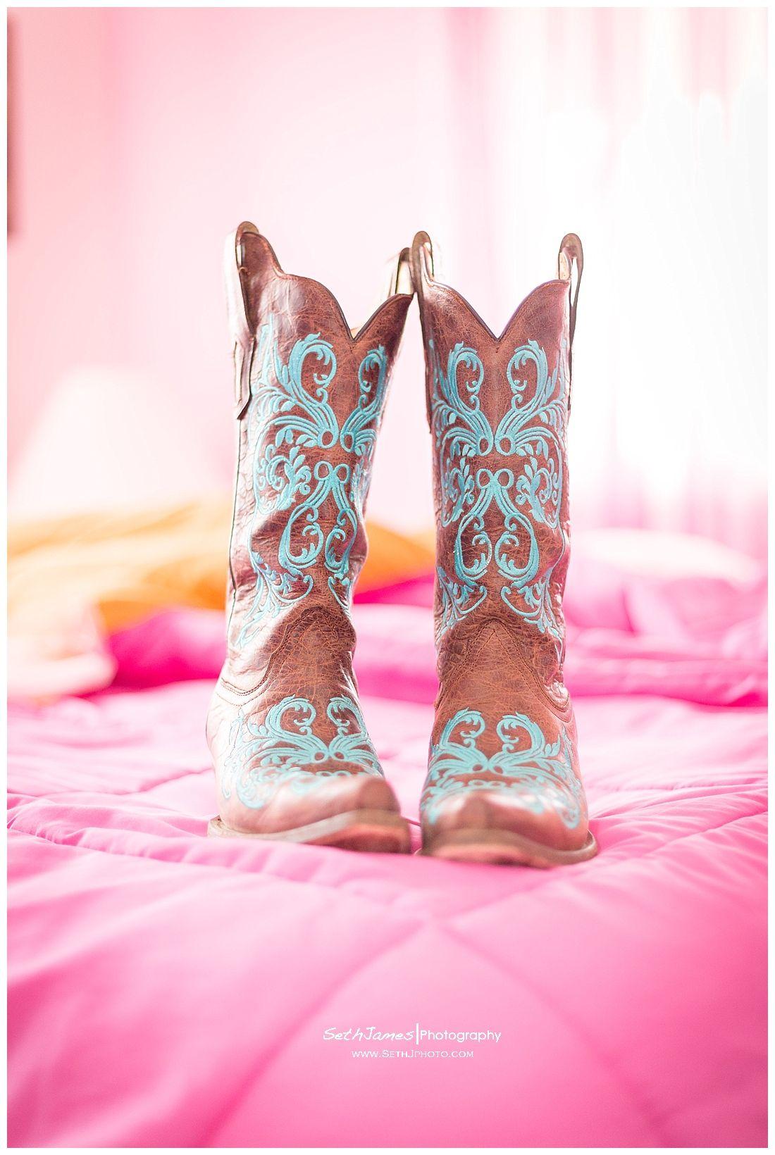 Wedding Cowboy Boots. | Wedding | Pinterest | Botas