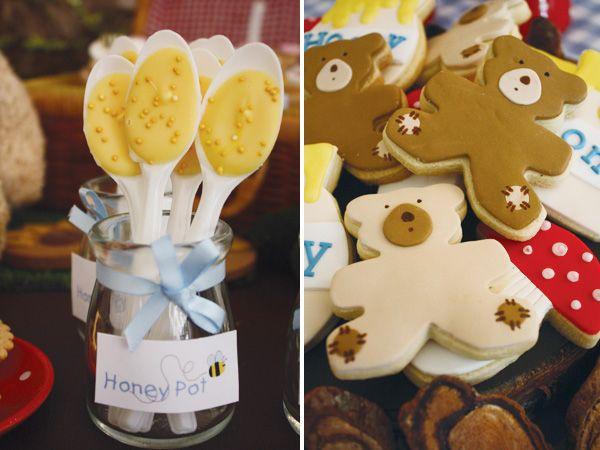 bear-birthday-party-honey-spoons