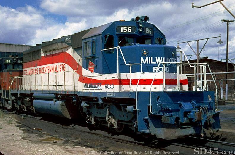 """Conrail GG1 # 4800 Bicentennial Paint  8/"""" x10/"""" Photo"""