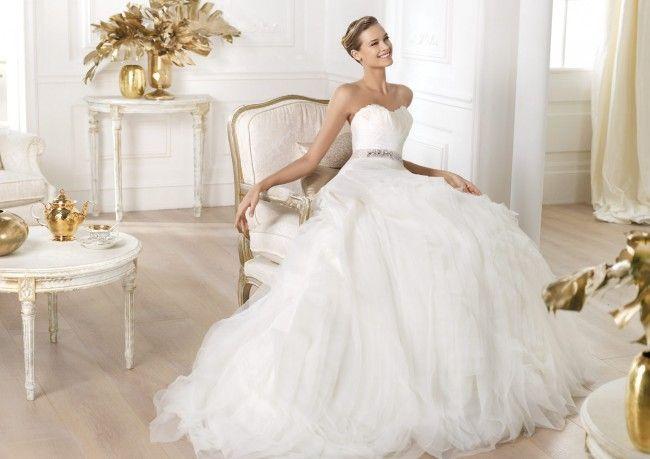¡Nuevo vestido publicado!  Pronovias 2014 mod. Leina ¡por sólo $12500! ¡Ahorra un 46%!   http://www.weddalia.com/mx/tienda-vender-vestido-de-novia/pronovias-2014-mod-leina/ #VestidosDeNovia vía www.weddalia.com/mx