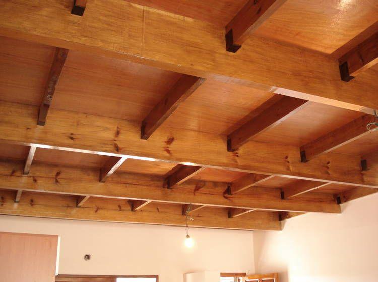 C mo dise ar entrepisos y techos en madera architecture for Como poner chirok en el techo