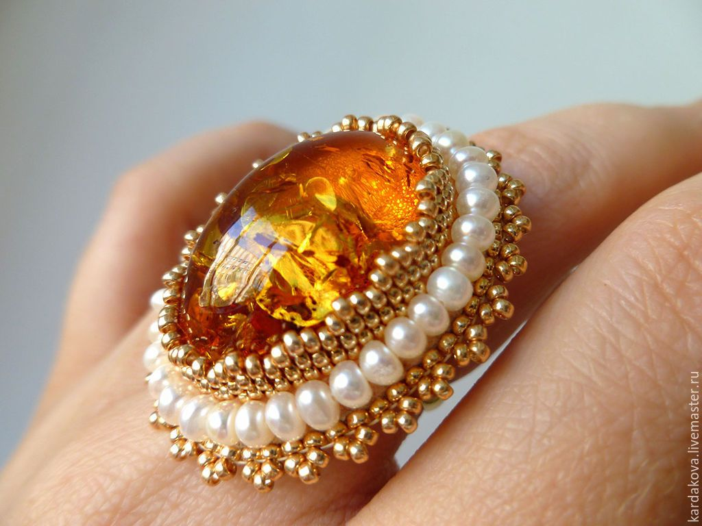 """Купить Кольцо с янтарем и жемчугом """"Медовый нектар"""" - золотой, перстень с янтарем, кольцо ручной работы"""
