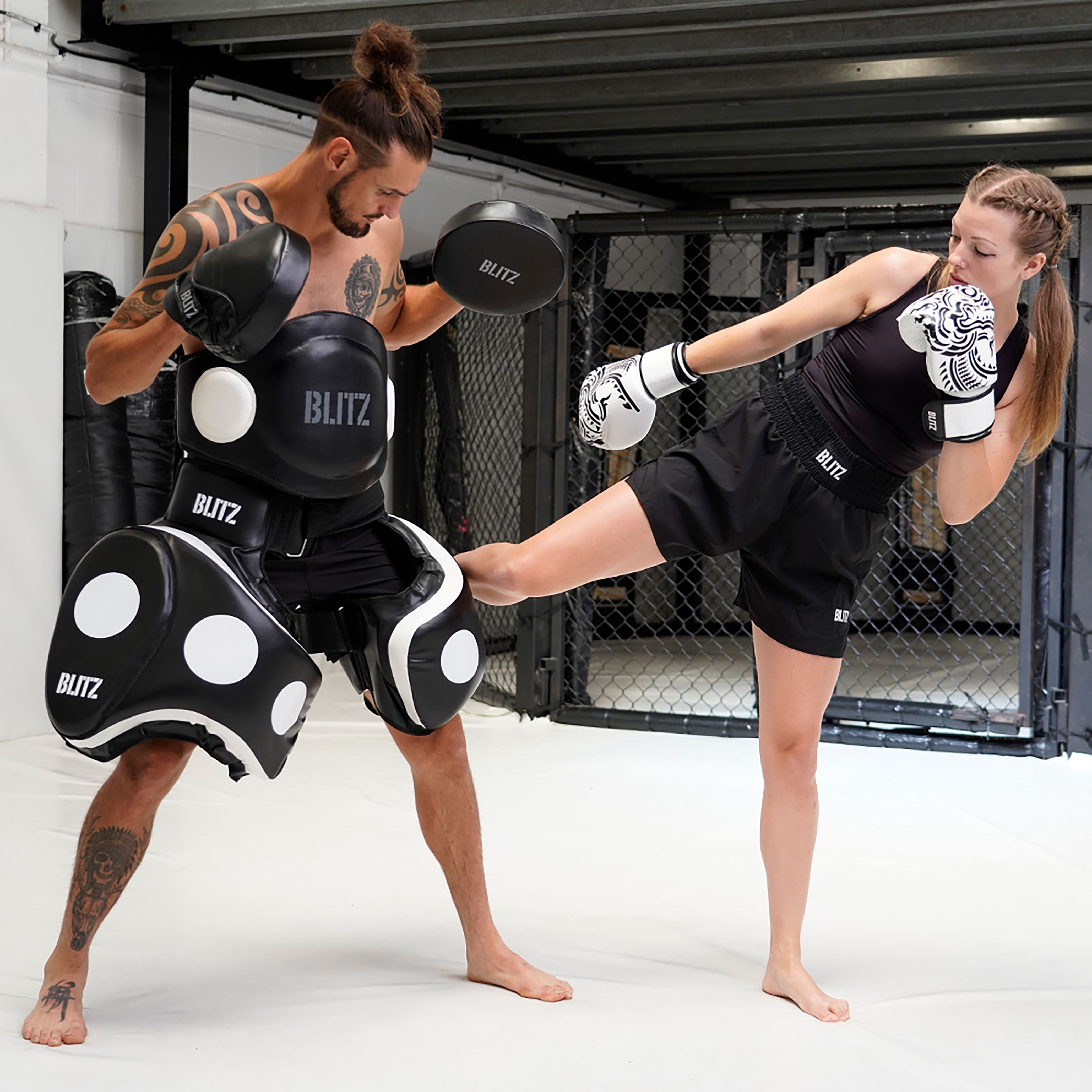 Karate// Taekwondo Entra/înement MMA Martial Arts R2F Sports Corps Protecteur