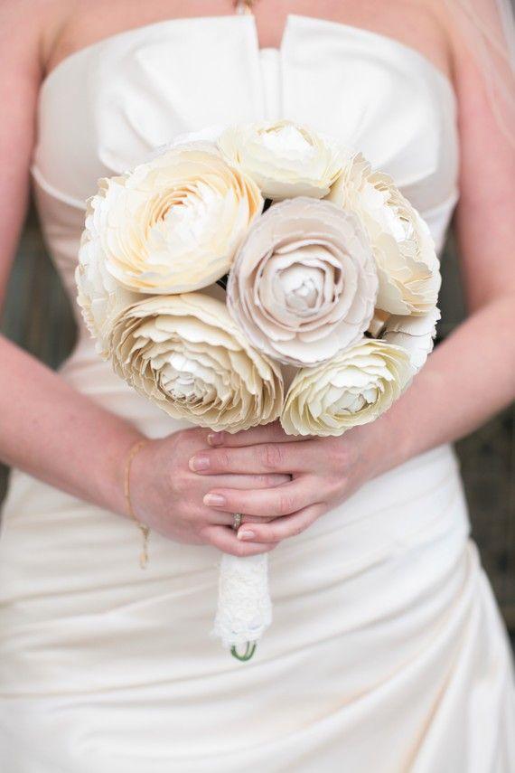 Paper #ranunculus #bouquet | Pretty Wedding Bouquets | Pinterest ...