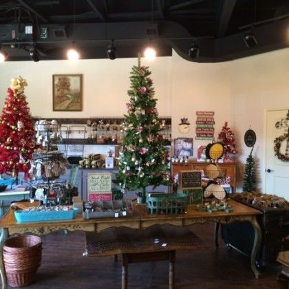 Shopping at The Island in Pigeon Forge, Tennessee (With images) | Pigeon forge, Holiday decor ...