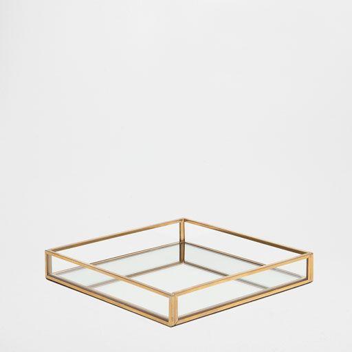 Imagen del producto bandeja decorativa metal dorado espejo ba o pinterest espejos ba os y - Escalera decorativa zara home ...
