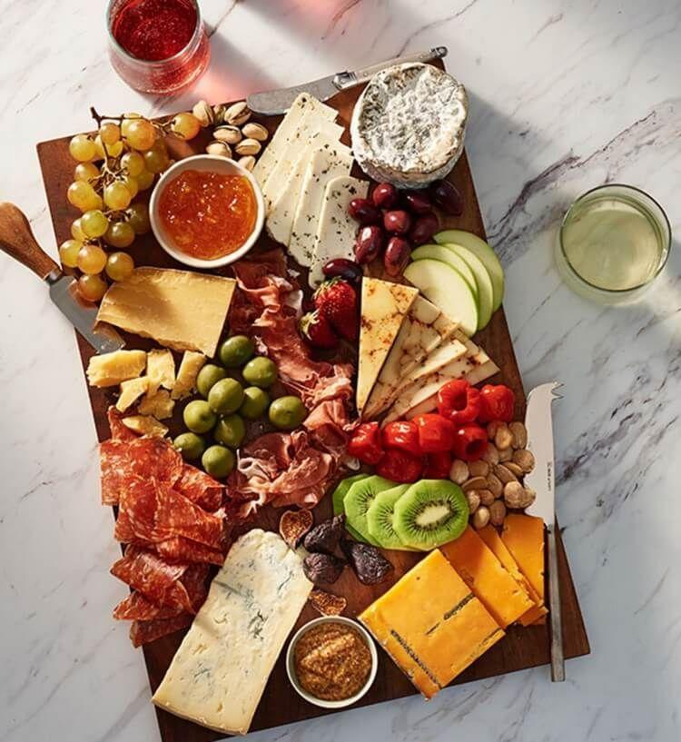 Plateau De Fromages Comment Faire Cartonner Une Table De Fete Plateau De Fromage Assiette De Fromage Fromage