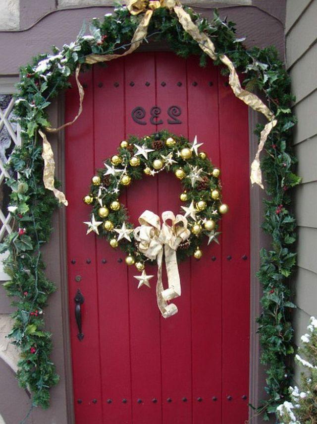 Couronne de Noël pour la porte du0027entrée - quelques idées Wreaths