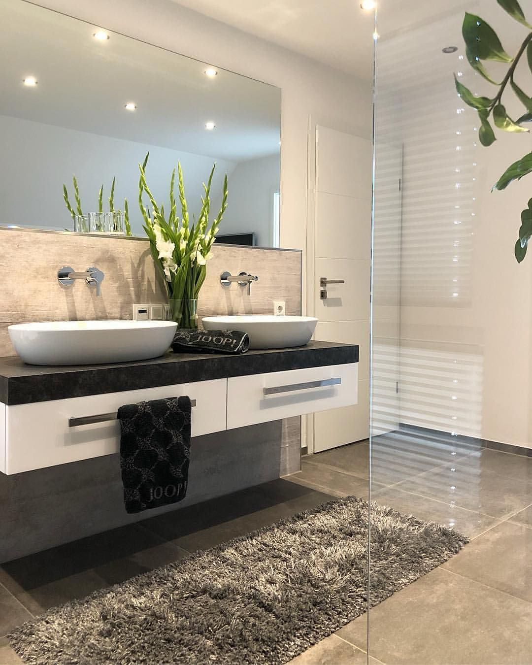 Pin Von Apsara Bilal Auf Bathrooms Bad Inspiration Badezimmer