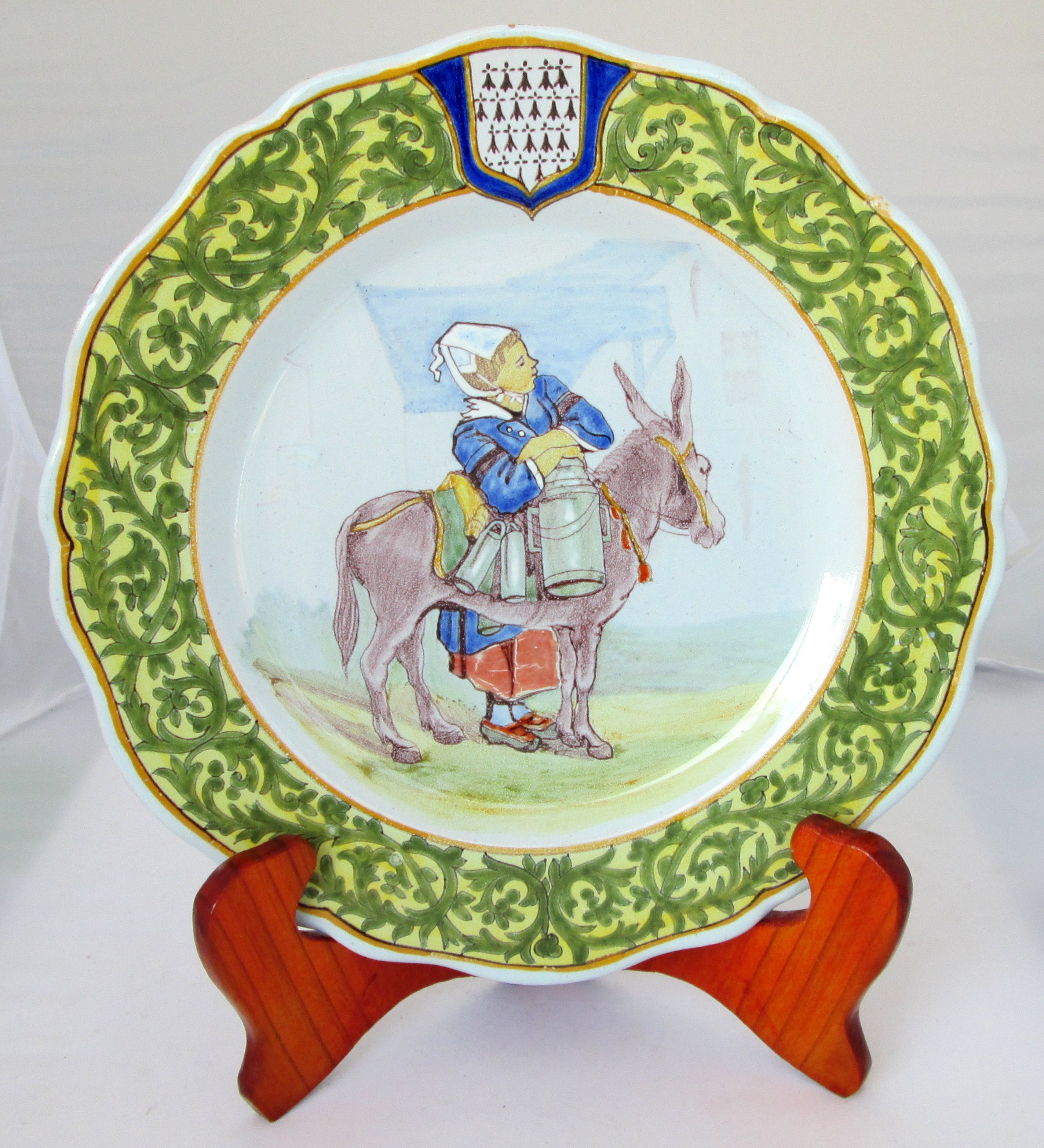 The Milkmaid And Her Charming Donkey Quimper Plate Photo Courtesy Of Countryfrenchpottery Com Join Our Mailing List Faience De Quimper Quimper Bretagne