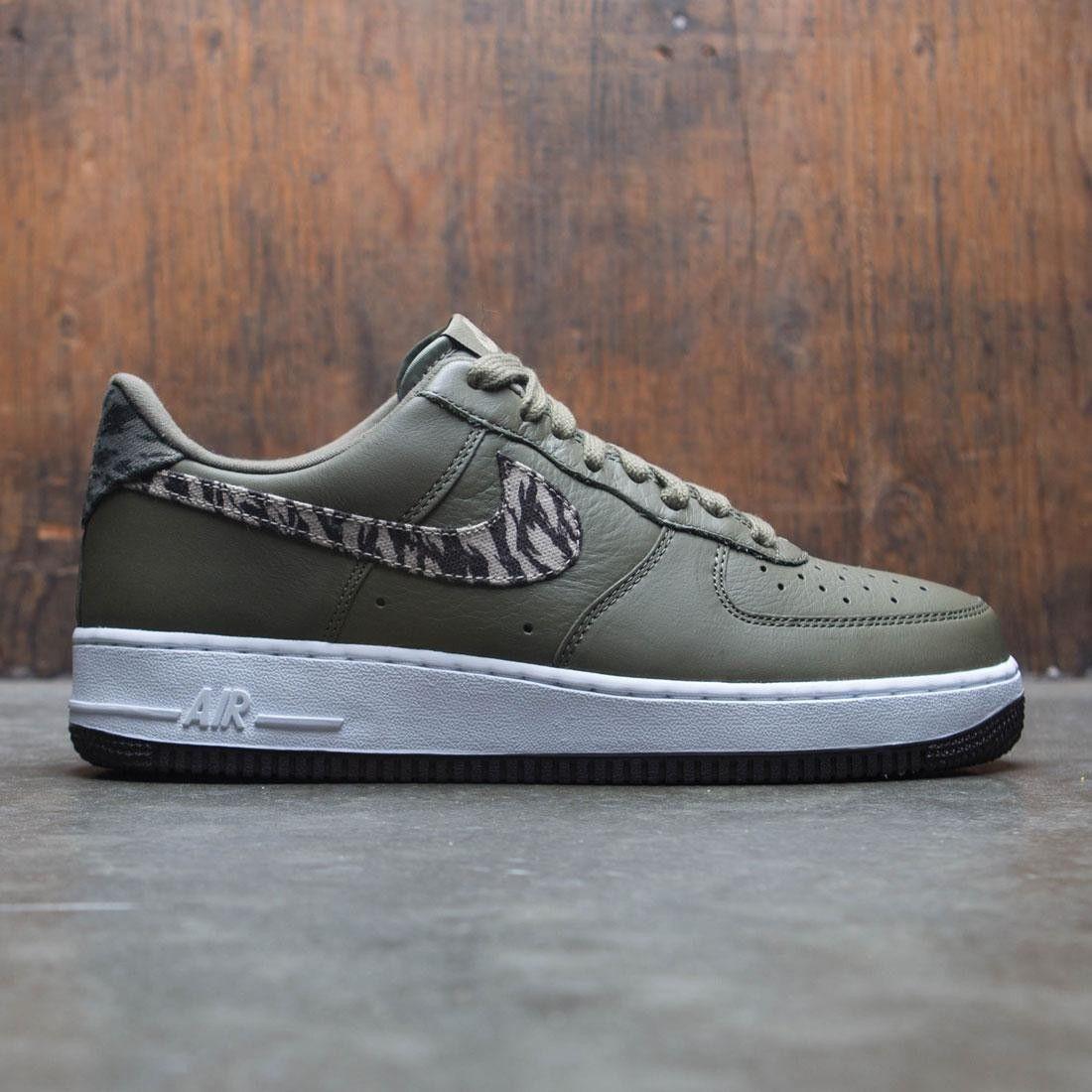 Nike Men Air Force 1 Aop Prm (medium olive khaki velvet