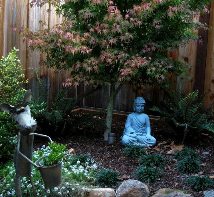 gestalten-garten-klein-idee-baum-pflanzen-buddha-steingarten ...