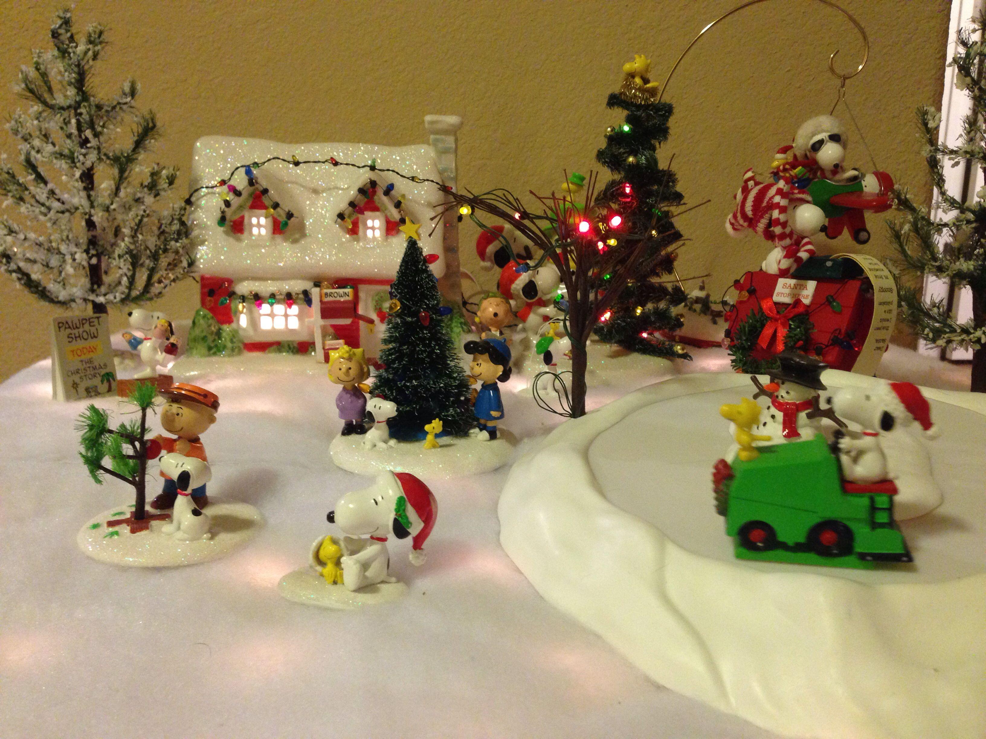 Peanuts Christmas Village | My Villages | Pinterest | Peanuts ...