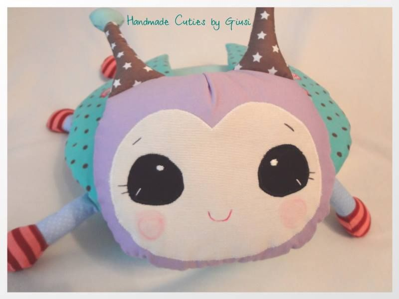 https://www.facebook.com/HandmadeCutiesByGiusi Cute Bug