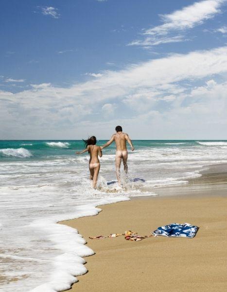 In beach ocean girls Nude playing