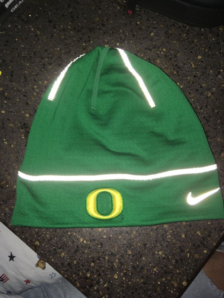 053a5bcd9f6 Nike Oregon Ducks Green Championship Drive Fleece Uncuffed Knit Beanie   fashion  clothing  shoes