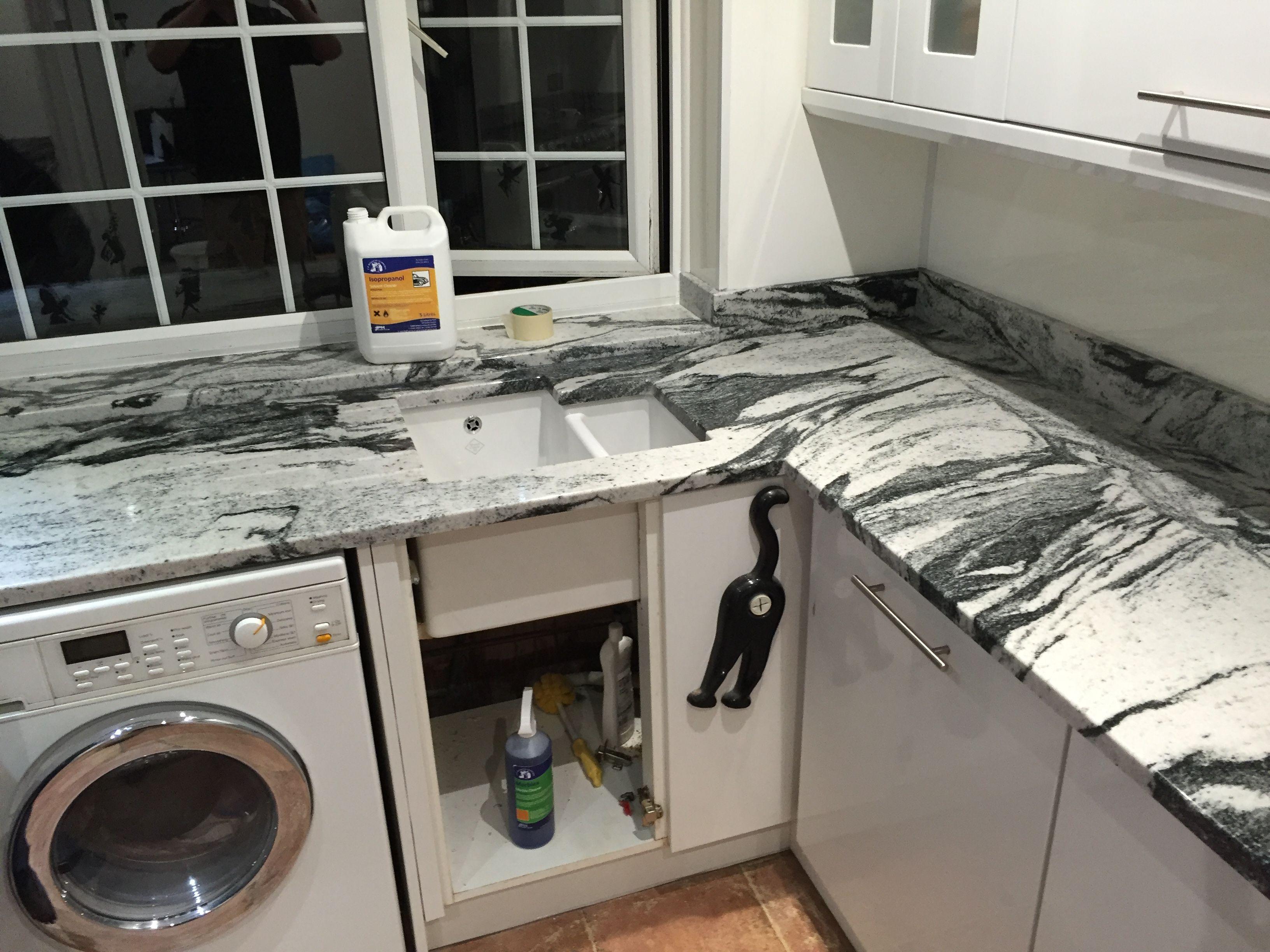 Best Viscount White Granite Kök Pinterest White Granite 400 x 300