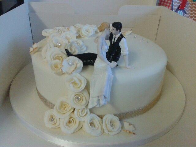 Cascading Rose Single Tier Wedding Cake Wedding Cake Toppers Tiered Wedding Cake Cake