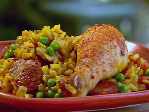 Spanish chicken and chorizo paella recipe spanish chicken spanish chicken and chorizo paella recipe spanish chicken paella and spanish food recipes forumfinder