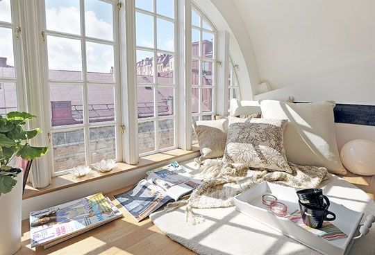 A sunny reading loft in a swedish apartment