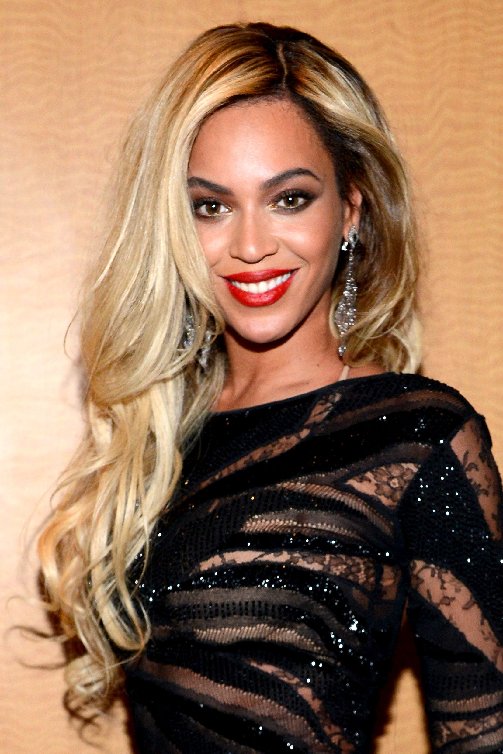 The Complete Evolution Of Beyonce S Hair Beyonce Blonde Cool