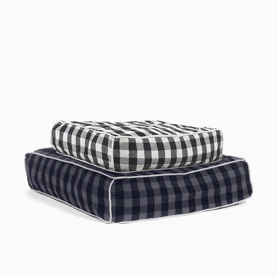 Buffalo Plaid Square Bed Waggo Designer Dog Beds Dog Bed Luxury Dog Bed