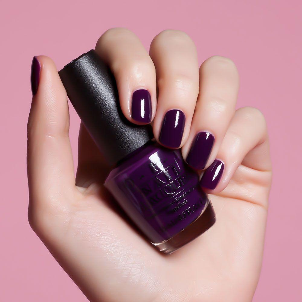 Eggplant manicure: techniques, features, ideas