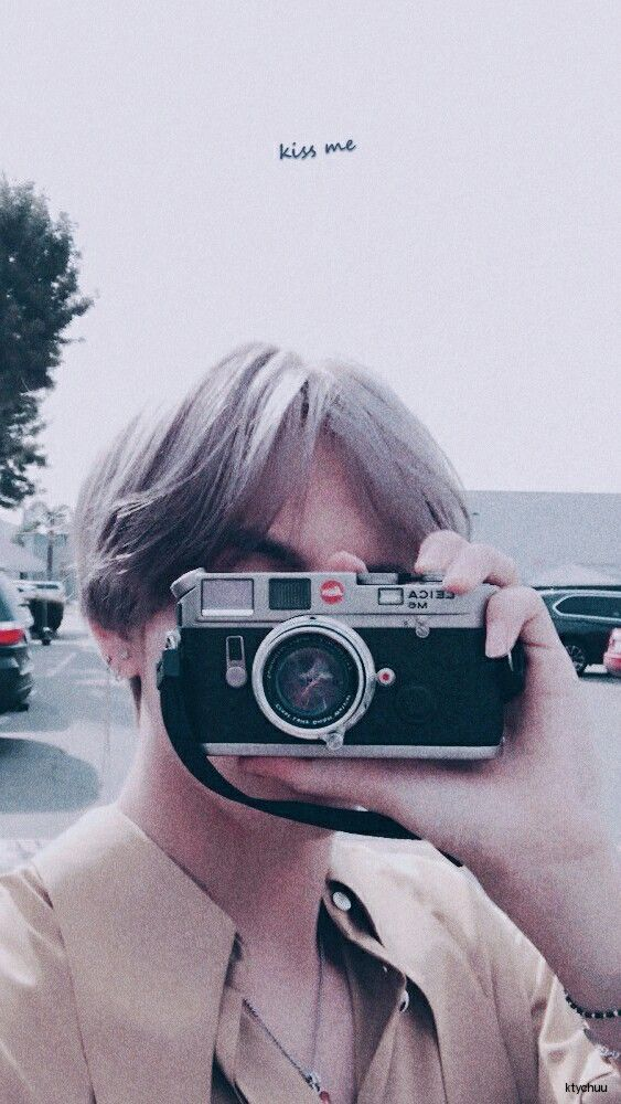 BTS EDITS | BTS WALLPAPERS | pls make sure to follow me before u save it ♡ find more on my account ♡ Pls don't Repost! ❤ don't crop the logo ❤ #BTS #V #btswallpaper