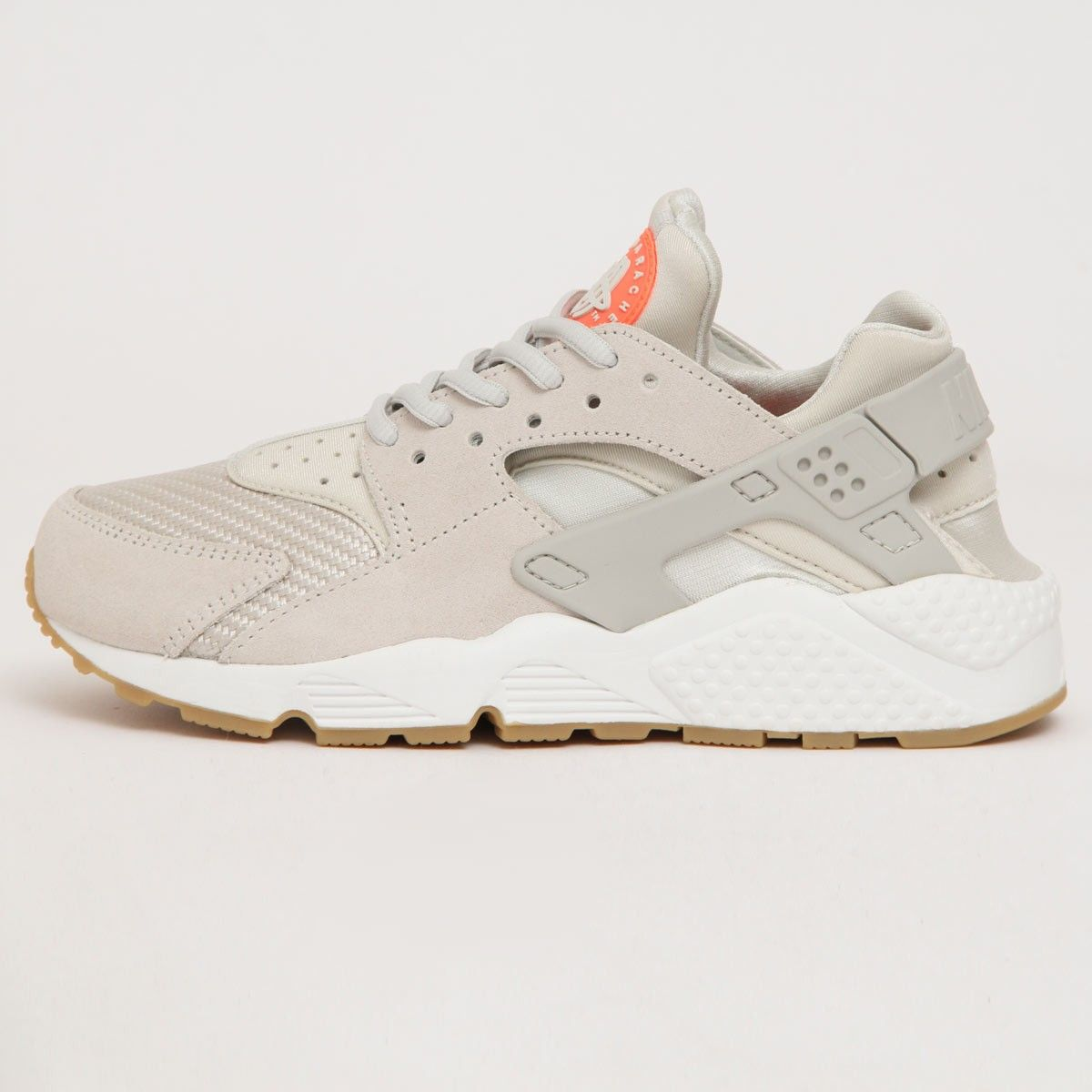 nike huarache light bone