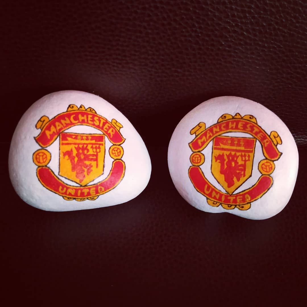 New The 10 Best Home Decor Today With Pictures The Manu Duo Painted On Order Dm For Order Enquiry Commissi Pebble Painting Stone Art Painted Rocks