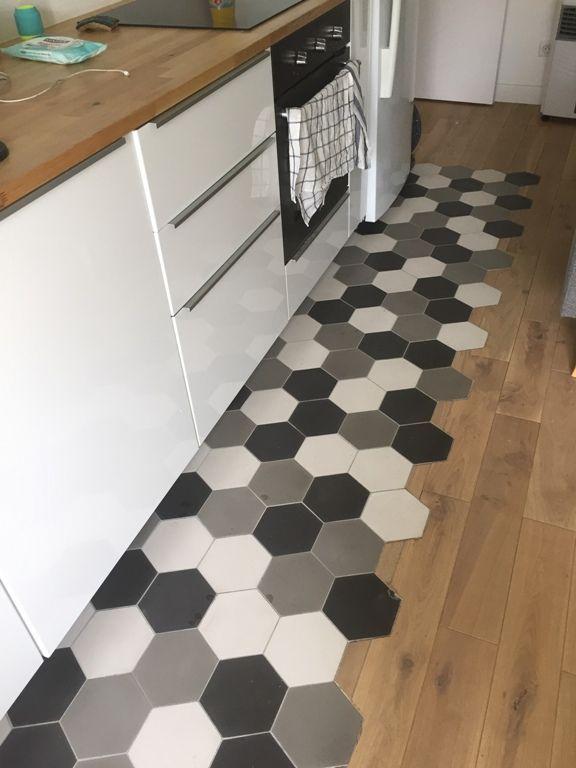 Realisation cuisine hexagonal uni 15x18  flooring in 2019