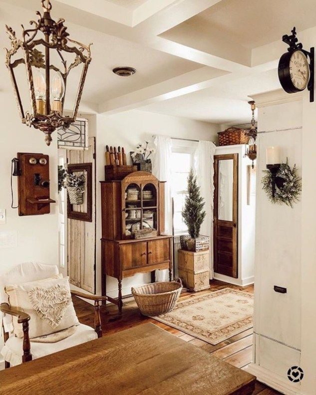 Fabulous White Farmhouse Design Ideas 01