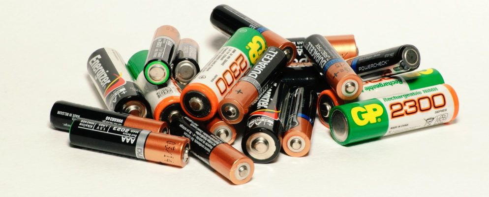 Disposable vs. Rechargeable Batteries How They Work and