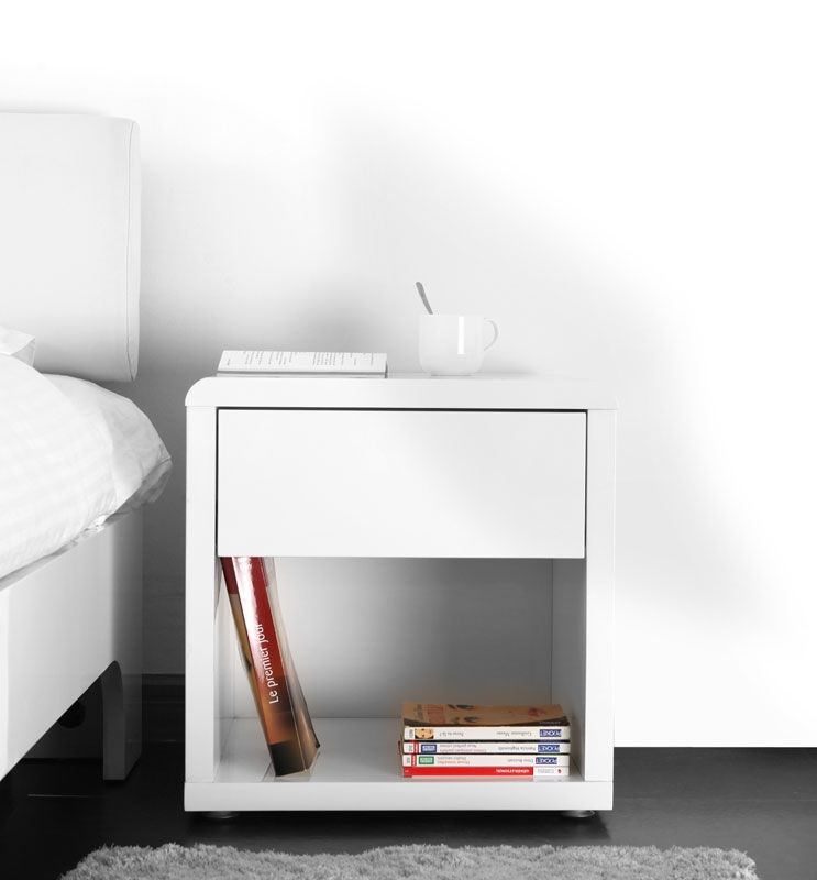 119 € Mesilla de noche de diseño lacada blanca ELIAH - Zoom ...