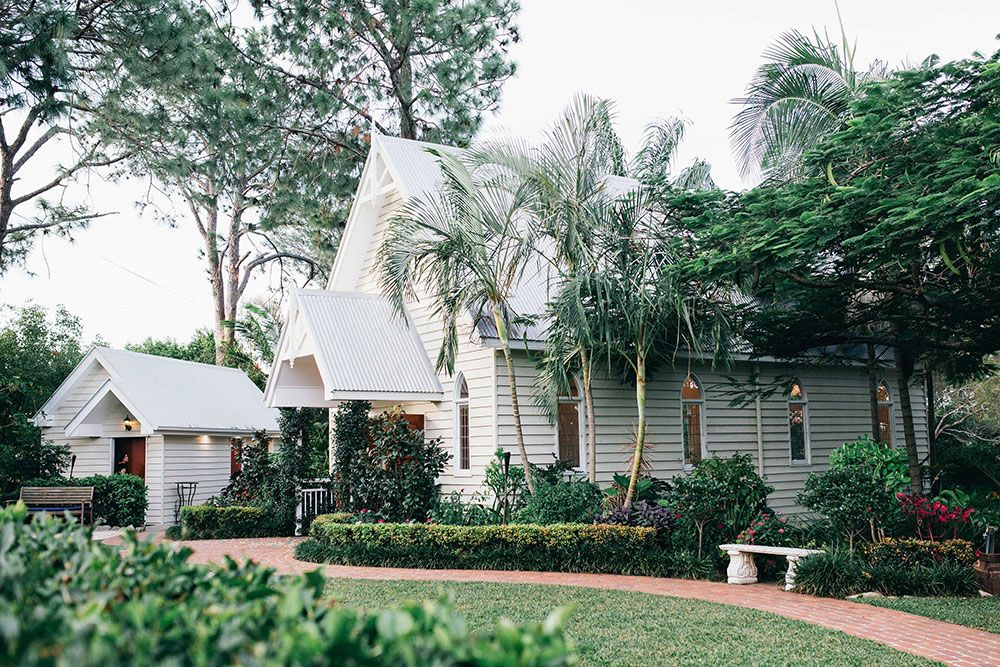 wedding receptions gold coast qld%0A The stunning greenery surrounding Braeside Chapel on the Gold Coast made it  the ideal venue choice