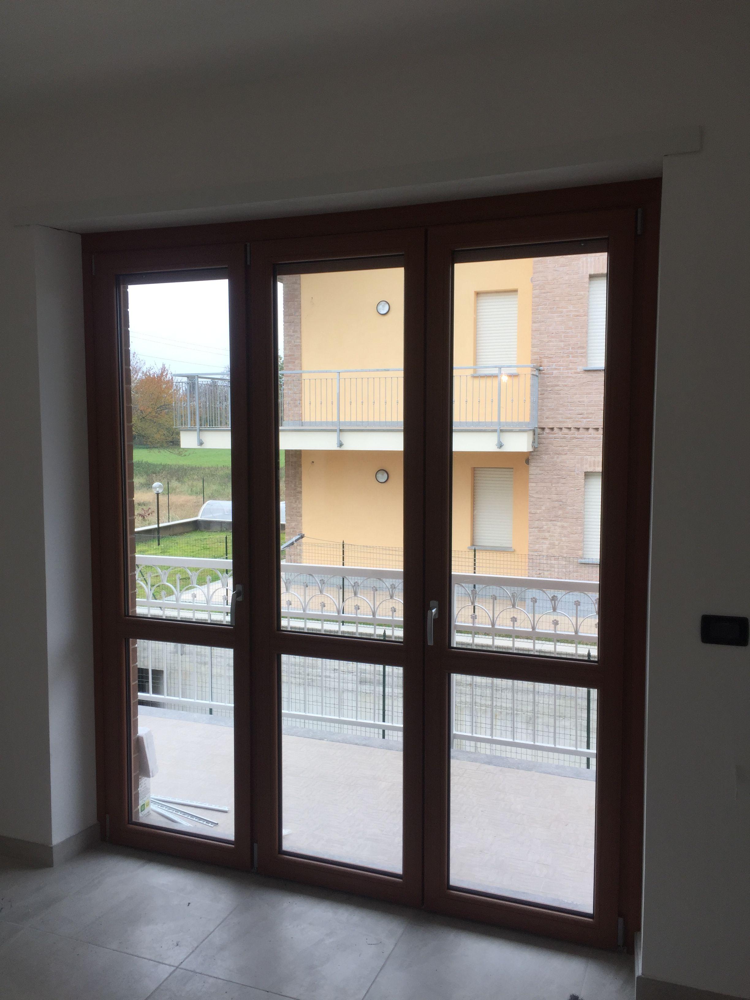 Porta Finestra A Due Ante.Porta Tre Ante In Pvc Douglas Con Immagini Finestra Porte