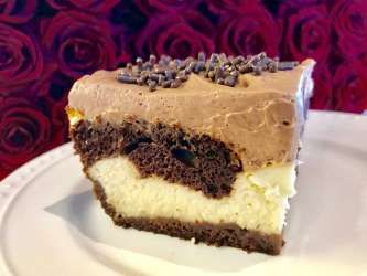 Affection comes easy for Valerie Bertinelli's Love Cake