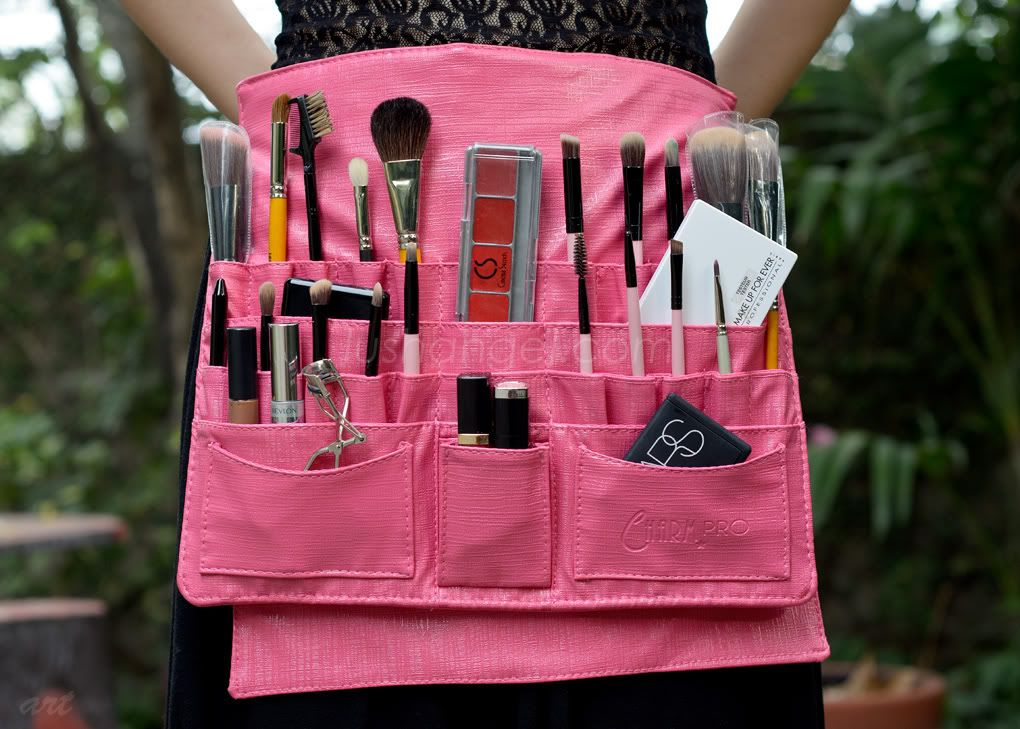 Charm Makeup Artist Tool Belt Would Love To Try Using It For Artist Brushes While Painting Makeup Artist Tools Makeup Artist Gifts Top Makeup Products