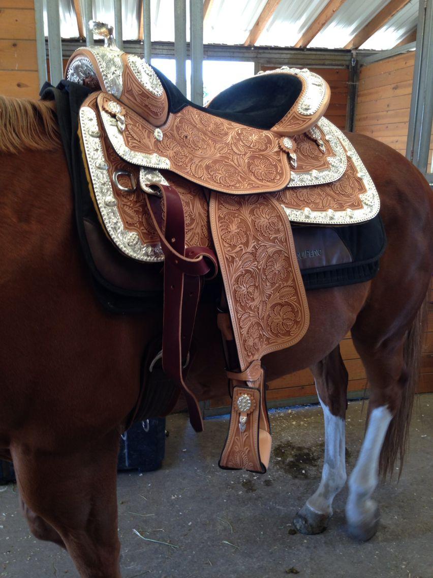 Dale Chavez show saddle   Horses & Horse Stuff   Horses, Saddles