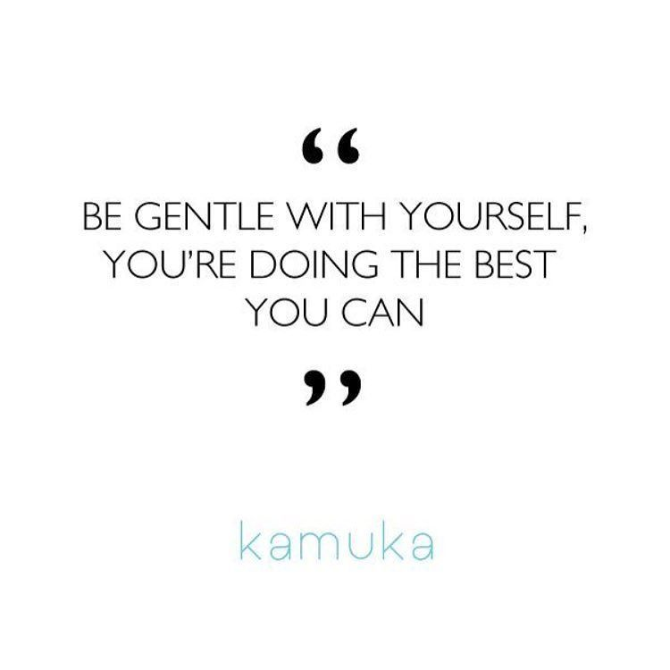 Shout out to those hustling this Monday be kind to yourself. Sending you all love