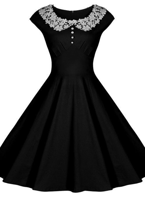 Black Vintage Dress with Lace Collar | Lace collar, Vintage ...