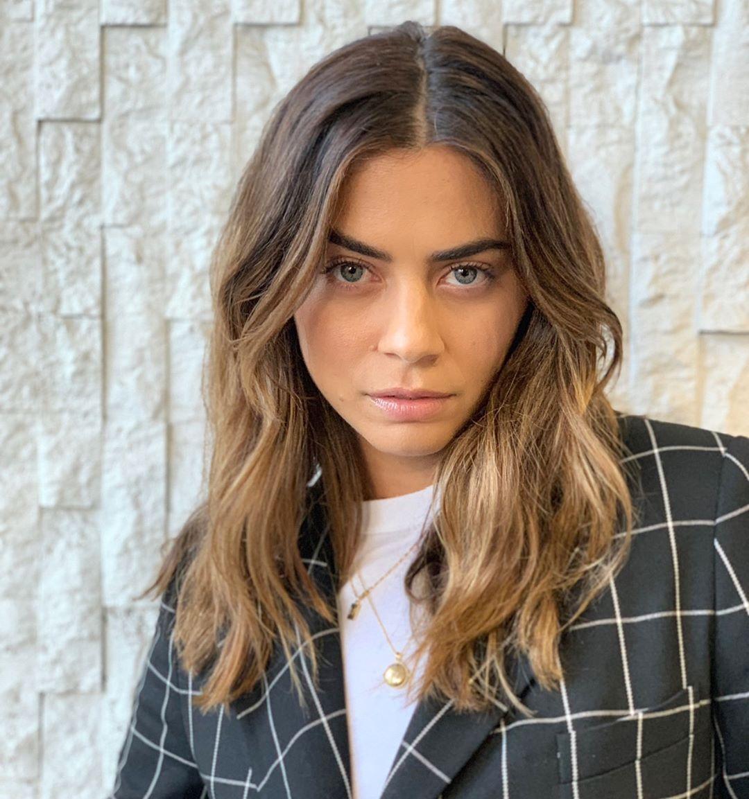 Lorenza Izzo On Instagram Yesterday Werk Styled By Elkin Hair By Bobbyeliot Face By Kmannmakeup Coming Soon In 2019 Hair Hair Styles Long Hair Styles
